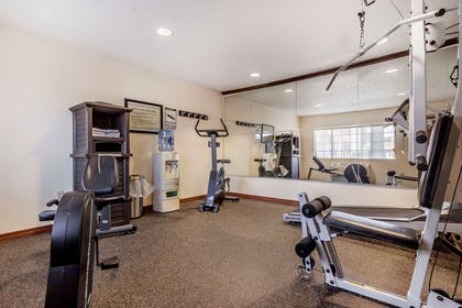 Exercise room | Quality Inn & Suites Owasso US-169