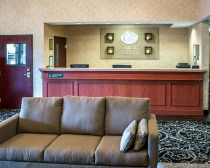 Spacious lobby with sitting area | Comfort Suites Southwest