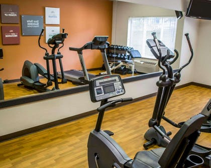 Fitness center with free weights | Comfort Suites Southwest