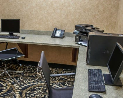 Business center with high-speed Internet access | Comfort Suites Southwest