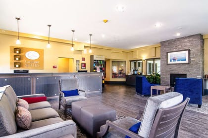 Spacious lobby with sitting area | Comfort Suites Columbia River