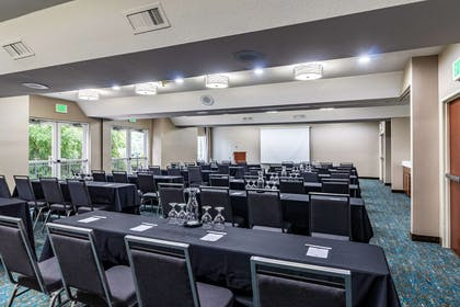 Meeting room | Clarion Hotel Portland Airport