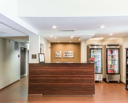 Hotel lobby | MainStay Suites Pittsburgh Airport