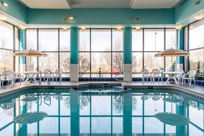 Indoor pool and hot tub | Quality Inn & Suites