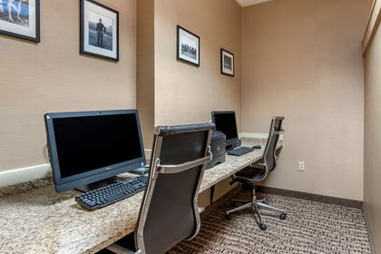 Computer in the lobby | Comfort Suites Downtown Carlisle