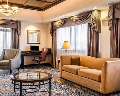 Lobby with sitting area | Comfort Suites Bloomsburg