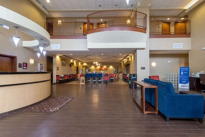 Hotel lobby | Comfort Suites Near Gettysburg Battlefield Visitor Center