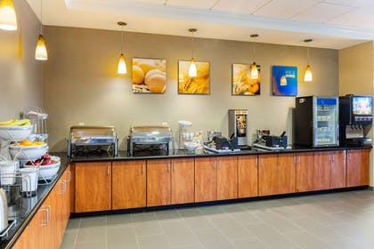 Breakfast counter   Comfort Suites Amish Country
