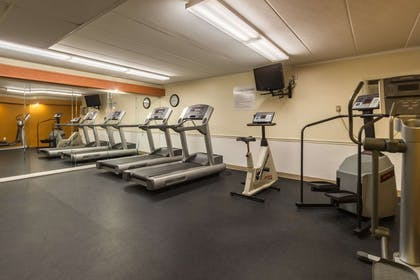 Exercise room | Quality Inn & Suites Conference Center