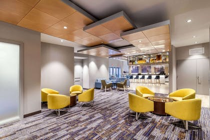 Hotel bar | Cambria Hotel Pittsburgh - Downtown