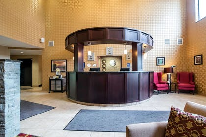 Front desk with friendly staff | Comfort Inn & Suites Tunkhannock