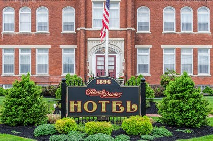 Hotel exterior | Federal Pointe Inn, an Ascend Hotel Collection Member