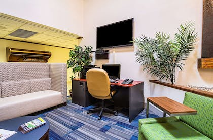 Business services available | Quality Inn & Suites