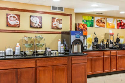 Assorted breakfast items | Quality Inn & Suites Middletown - Newport
