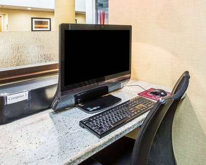 Business center | Comfort Suites Anderson