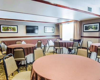 Meeting room | Comfort Suites Sumter