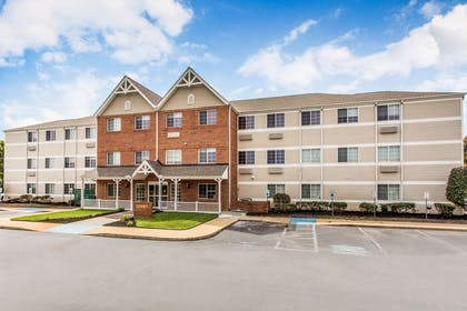 Hotel near popular attractions | MainStay Suites Greenville Airport