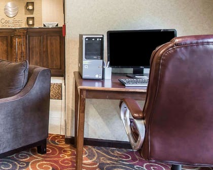 Computer in the lobby | Comfort Inn & Suites at I-85