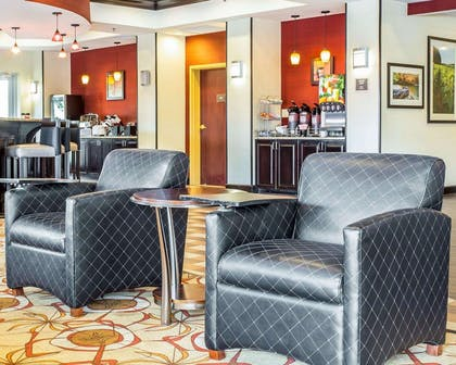 Spacious lobby   Comfort Suites Rock Hill