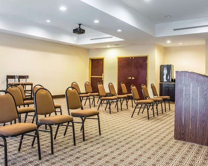 Meeting room with classroom-style setup   Comfort Suites Rock Hill