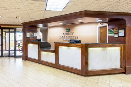 Hotel lobby | Quality Inn And Suites Civic