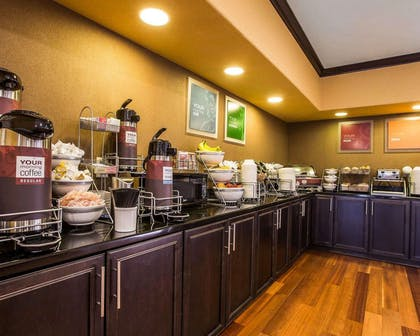 Assorted breakfast items | Comfort Suites Simpsonville
