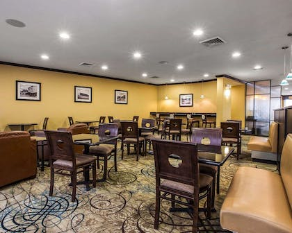 Breakfast area in the lobby | Comfort Suites Simpsonville