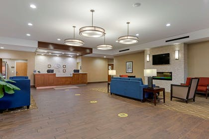Lobby | Comfort Suites Greenville South