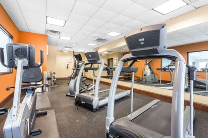 Exercise room | Comfort Suites West of the Ashley