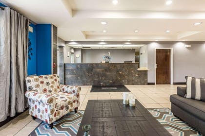 Lobby with sitting area   Quality Inn & Suites