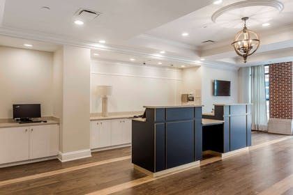 Front desk | Bluegreen Vacations King St. Resort, Ascend Hotel Collection