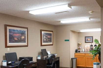 Business center | Quality Inn & Suites Watertown