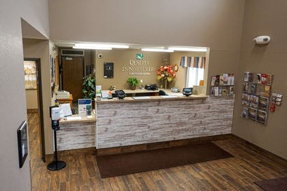 Front desk | Quality Inn & Suites Watertown