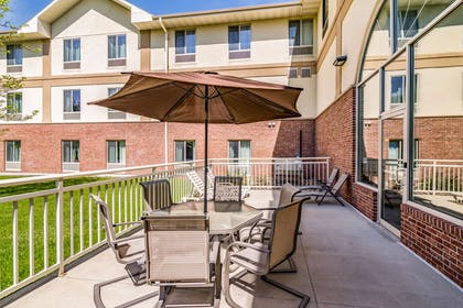 Patio area | Comfort Inn And Suites