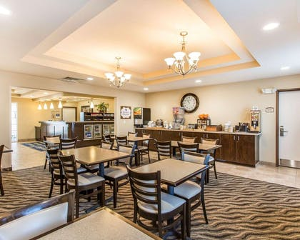 Spacious breakfast area | MainStay Suites