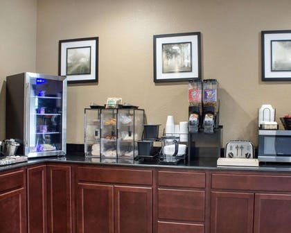 Assorted breakfast items | Econo Lodge