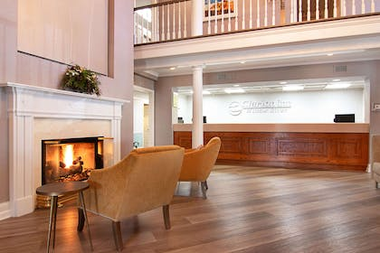 Front desk with friendly staff | Clarion Inn Willow River
