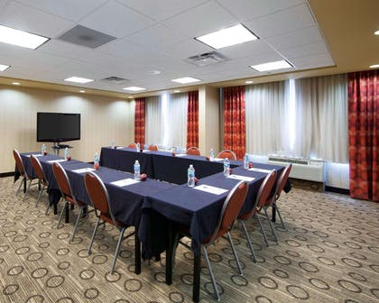 Large space perfect for corporate functions or training | Comfort Inn Oak Ridge - Knoxville