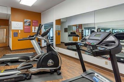 Fitness center | Comfort Suites At Rivergate Mall