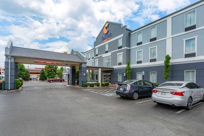 Hotel exterior | Comfort Suites At Rivergate Mall