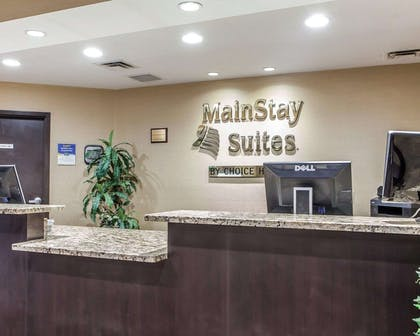 Front desk | Mainstay Suites Chattanooga