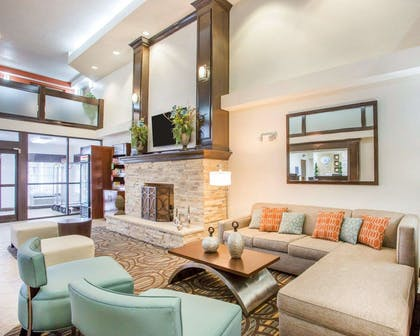 Lobby with fireplace | Comfort Suites Lebanon