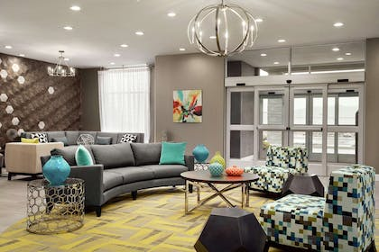 Lobby   Homewood Suites by Hilton Florence