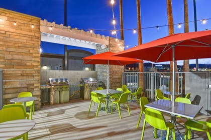 Recreational Facility | Home2 Suites by Hilton Palmdale