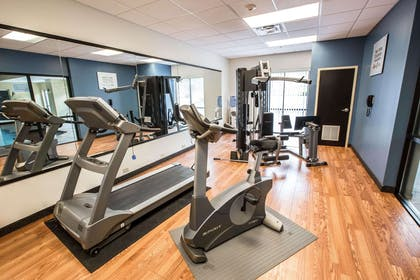 Exercise room | Comfort Suites Kingsport