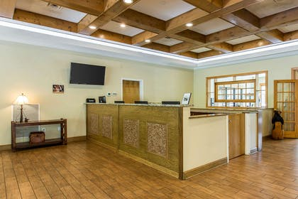 Front desk | Bluegreen Vacations Mountain Loft, Ascend Resort Collection