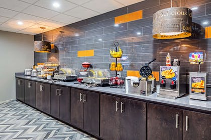 Breakfast counter | Clarion Inn & Suites Near Downtown