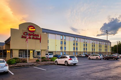 Hotel exterior | Clarion Inn & Suites Near Downtown