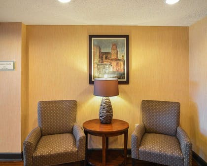 Lobby with sitting area | Comfort Suites DFW Airport