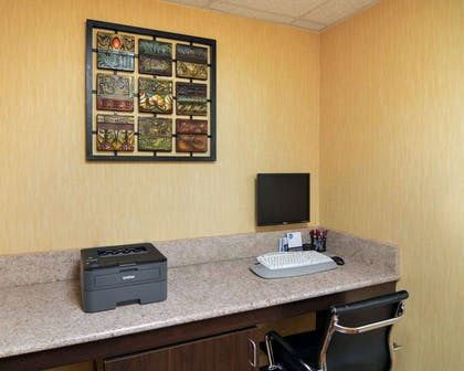 Business center with free wireless Internet access | Comfort Suites DFW Airport